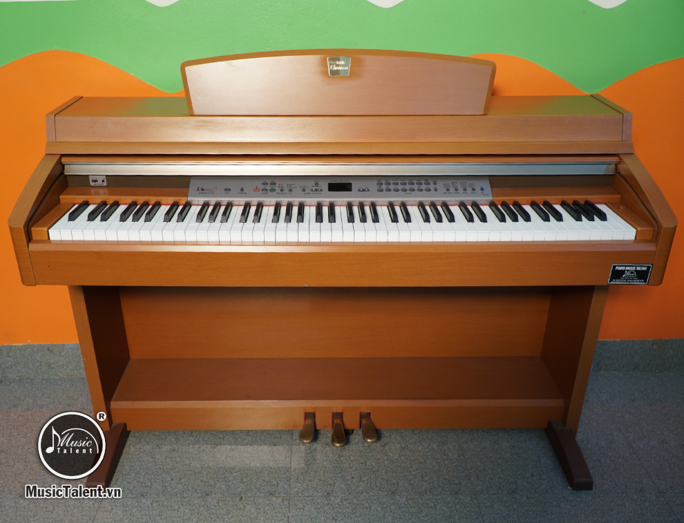 ĐÀN UPRIGHT PIANO YAMAHA CLP240